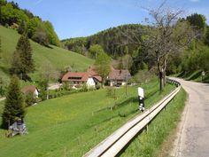 Kandel vanuit Eschbach (Sankt Peter) Voet: 420 m    Top: 1205 m  Gemiddelde helling: 5.4% Lengte: 15.9 km