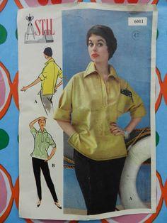 Stil 6011. Pattern for tunic Vintage Vogue, Vintage Fashion, Vintage Dresses, Sewing Patterns, Tunic, Baseball Cards, Retro, Vintage Gowns, Tunics