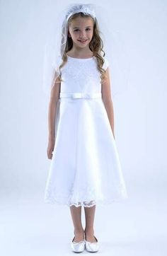 ac0b418a1 Angle in White Lace Flower Girls, Flower Girl Dresses, Girl Gifts, Simple  Dresses