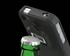 Estuche para teléfono con destapadores:   17 locos e ingeniosos productos que todo amante de la bebida debería tener
