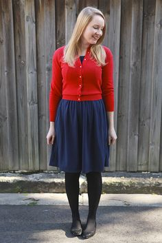 Day 31 Me Made May - Vogue Knit dress. And that's a wrap! {via Jennifer Lauren Vintage} Black Tights Outfit, Vogue Knitting, Red Cardigan, Knit Dress, Breast, Style Inspiration, Pretty, Skirts, Cute