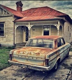 Holden Muscle Cars, Aussie Muscle Cars, Weatherboard House, Queenslander, Australian Cars, Australian People, Hq Holden, Chrysler Valiant, Holden Australia