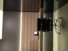 DPN office Sydney - workstation - clad in Ivory Leather