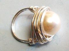 Anillo de perla Swarovski perla Riing esterlina por SpiralsandSpice