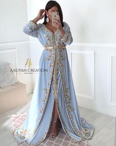 Muslim Wedding Dresses, Indian Gowns Dresses, Modest Dresses, Blue Dresses, Kaftan Moroccan, Arab Fashion, Muslim Fashion, Oriental Dress, Moroccan Wedding