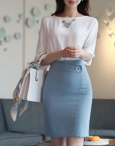 korean fashion outfits which look really great Classy Work Outfits, Classy Dress, Office Outfits, Chic Outfits, Corporate Attire, Work Fashion, Fashion Design, Fashion Spring, Fashion Tips