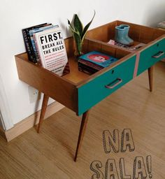 Des tiroirs transformés en meubles