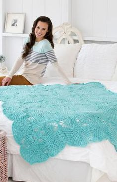 Pineapple Squares Crochet Throw. Pinned to Crochet Apparel (Corona) because I see a beautiful summer shawl in the making. .·:*ßeÁ©]-[Ý`*:·. Love this color too!