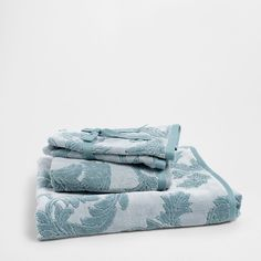 FLORAL PATTERN COTTON TOWEL