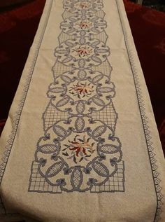 Cross Stitch Borders, Cross Stitch Patterns, Hobbies And Crafts, Diy And Crafts, Palestinian Embroidery, Blackwork, Needlepoint, Decoration, Needlework