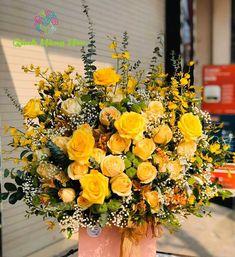 Gánh Hàng Hoa Floral Wreath, Wreaths, Home Decor, Floral Crown, Decoration Home, Door Wreaths, Room Decor, Deco Mesh Wreaths, Home Interior Design