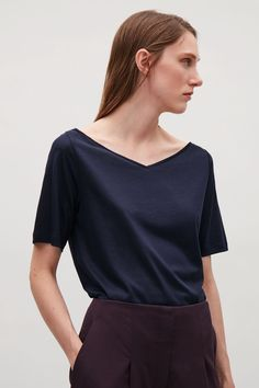 Cos Wide V-Neck T-Shirt - Navy XS