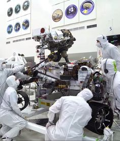 NASA& Mars 2020 Rover Does Biceps Curls (Arm Testing Time Lapse) is part of Nasa mars Time lapse video of robotic arm on NASA& Mars 2020 rover handily maneuvers kilograms) worth of se - Earth And Space Science, Earth From Space, Space Planets, Space And Astronomy, Space Videos For Kids, Mars For Kids, High Hd Wallpaper, Mars Facts, Space Exploration Technologies