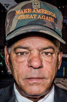 Bruce Gilden a passé trois jours à Cleveland pour photographier la Convention nationale des Républicains.