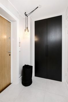 FINN – NYOPPUSSET PÅ GRÜNERLØKKA MED IDYLLISK PARKUTSIKT: Lekker 3-roms med god takhøyde - Klassiske detaljer - Vedovn - Høy standard - Meget sentralt!
