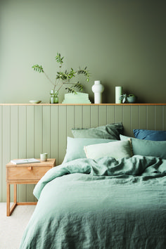 Haymes Paint 2020 colours: A new millennial pink? - The Interiors Addict - Haymes Paint 2020 colours: A new millennial pink? – The Interiors Addict Haymes Paint 2020 colours: A new millennial pink? – The Interiors Addict Bedroom Wall Colors, Bedroom Green, Home Bedroom, Green Bedrooms, Bedroom Colour Design, Best Colour For Bedroom, Bedroom Ideas Paint, Bedroom Wall Lights, Grey Wall Bedroom