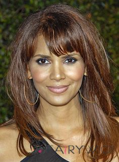 View yourself with Halle Berry hairstyles and hair colors. View styling steps and see which Halle Berry hairstyles suit you best. Halle Berry Hairstyles, Gym Hairstyles, Casual Hairstyles, Celebrity Hairstyles, Straight Hairstyles, Fashion Hairstyles, Blonde Hairstyles, Hairstyle Ideas, Hair Styles 2016