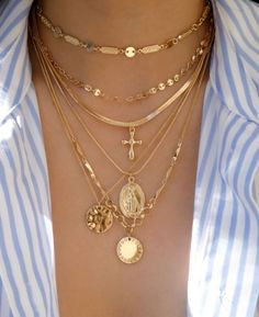 6 glowing tips: Fine Jewelry Charms Make-up and jewelry storage. - 6 glowing tips: Fine Jewelry Charms Make-up and jewelry storage. Jewelry Pos … – Jewelery – J - Dainty Jewelry, Cute Jewelry, Luxury Jewelry, Pearl Jewelry, Body Jewelry, Gemstone Jewelry, Beaded Jewelry, Jewelry Accessories, Silver Jewelry