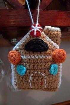 Decorazioni di Natale: casetta di marzapane ad uncinetto