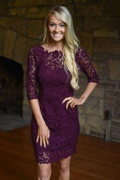 Burgundy Lace Dress – The Pulse Boutique