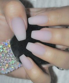 Cute Acrylic Nail Art Design for Prom