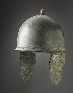 Helmet, Italy, Etruscan, 3rd century B.C Los Angeles County Museum of Art - a Montefortino style helmet that was originally used by the Celts, but later copied by the Romans and also other people's in Italy.