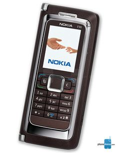 Nokia E90 Communicator Photos