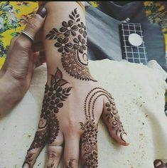 Full Mehndi Designs, Floral Henna Designs, Finger Henna Designs, Latest Arabic Mehndi Designs, Mehndi Design Pictures, Mehndi Designs For Girls, Mehndi Designs For Fingers, Dulhan Mehndi Designs, Beautiful Henna Designs