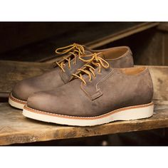 Spring vibes at @redwingamsterdam with the Red Wing Shoes 3106 Postman in Concrete Rough & Tough, this will make you ready for this summ...