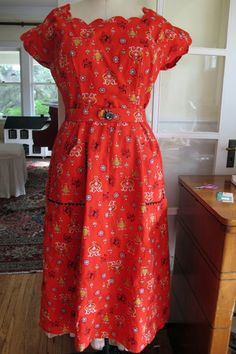Sew Country Chick- Farmhouse Couture: Red Forties Housedress Made From A Tablecloth