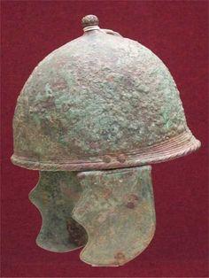 EarlyMontefortinotype helmet with metal cheek pieces.
