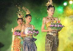 Loy Kathrong Festival, Thailand
