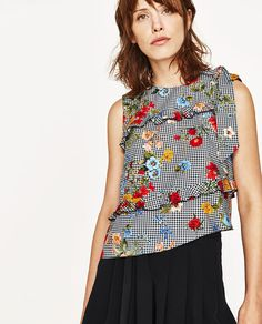 Image 2 of PRINTED TOP WITH BOW from Zara