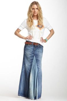 Love this skirt/whole outfit! Dakota Love & Haight Denim Maxi Skirt by True Religion on Denim Fashion, Skirt Fashion, Boho Fashion, Style Outfits, Mode Outfits, Maxi Skirt Outfits, Dress Skirt, Estilo Jeans, Denim On Denim