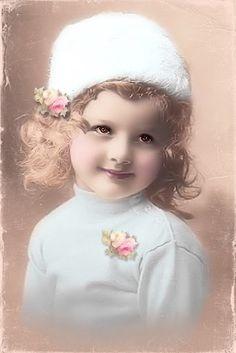 Winter has come: Vintage Children Photos, Vintage Girls, Vintage Pictures, Vintage Images, Vintage Outfits, Vintage Stuff, Victorian Pictures, Vintage Ephemera, Vintage Postcards
