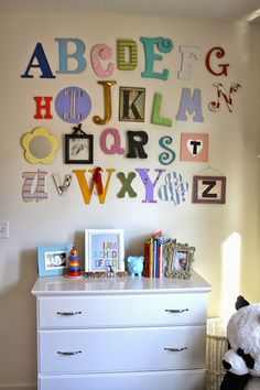 Baby room idea - still like this idea of doing at a shower- could control the colors and so forth!!!