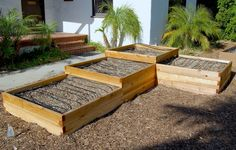 Demonstration Garden Set-Up | Farmscape Gardens raised beds