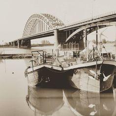 The Bridge  #nijmegen #geldersestreken #super_holland #holland #dutch #ig_captures #sepia #seemycity #river #instawalk024 #insta #all_shots #amateurs_shot #allwhatsbeautiful #wanderlust #igtravel #ig_europe #bridge #moodygrams #photography #reflection by 40names
