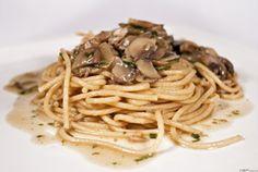 Spagetti gombamártással (spaghetti funghi) ~ Receptműves