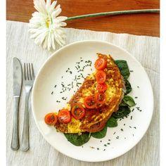 Omlett lazaccal! Gyors és egszerű reggeli ötlet Risotto, Ethnic Recipes, Food, Essen, Meals, Yemek, Eten