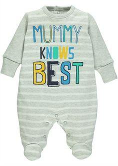 Boys Mummy Knows Best Slogan Sleepsuit (Tiny Baby-18mths)