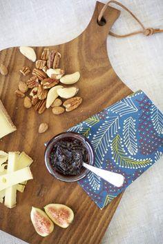 Kanerva (sin)   Havi Design by Samuji #lautasliina Dairy, Cheese, Food, Design, Essen, Meals, Yemek, Eten