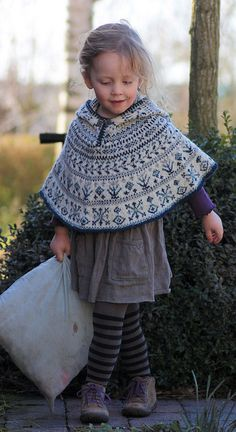 Ravelry: Northern Lights Cape Pattern pattern by Asami Kawa. Recommended yarns are Debbie Bliss Cashmerino or Debbie Bliss Rialto which can be found at Knit & Pearls in Avon CT Knitting For Kids, Knitting Projects, Baby Knitting, Crochet Poncho, Knit Or Crochet, Motif Fair Isle, Knitting Patterns, Cape Pattern, Kids Fashion