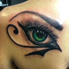 40 Incredible Ancient Egyptian Eye of Ra Tattoos - Sun God Horus Check more at http://tattoo-journal.com/40-beautiful-eye-of-ra-tattoos/