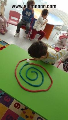 Diy Crafts - preschool,toddler-This Ping Pong Playdough Straw Maze is fun the build and great for developing oral motor skills! Fun for kids of all ag Indoor Activities, Sensory Activities, Learning Activities, Preschool Activities, Oral Motor Activities, Nursery Activities, Preschool Learning, Stem Preschool, Occupational Therapy Activities