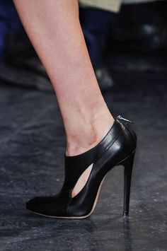 Best Runway High Heelsl! Save up to 60% Off at Shoetique with Discount and Voucher Codes.
