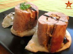Solomillo de cerdo relleno de melocotón con puré de castañas