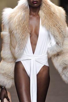 empress-empire:  Detail || Alexandre Vauthier S/S11 Couture