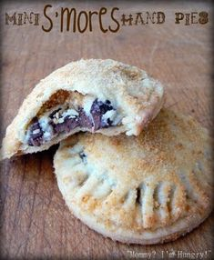 Mini S'mores Hand Pies      Crust  2 pie crust doughs (my fave recipe)  1/2 cup graham cracker crumbs (8 graham cracker squares, finely crushed)   1/4 cup sugar   3 tablespoons butter, melted     Filling   1/2 cup marshmallow creme   2 tablespoons cream cheese, softened (1 oz)   2 tablespoons sugar   1/2 cup chocolate chips     Heat oven to 425°F.