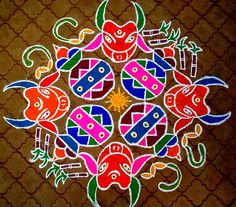 Rangoli designs are also influenced by cultures and geography! Here are some popular South Indian rangoli designs that have stolen our hearts. South Indian Rangoli, Indian Rangoli Designs, Rangoli Designs Latest, Latest Rangoli, Rangoli Designs With Dots, Rangoli With Dots, Beautiful Rangoli Designs, Simple Rangoli, Mehndi Designs